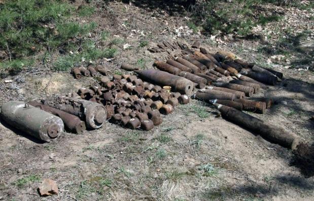 Копав город і знайшов… снаряд
