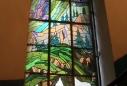 у житловому будинку на вулиці Герцена, 6 розташований найвищий вітраж в Україні (11 метрів): починається він на першому поверсі, а закінчується на четвертому (фото: Андрій Польовий)