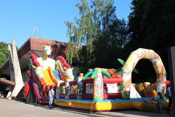 Парк розваг як за кордоном