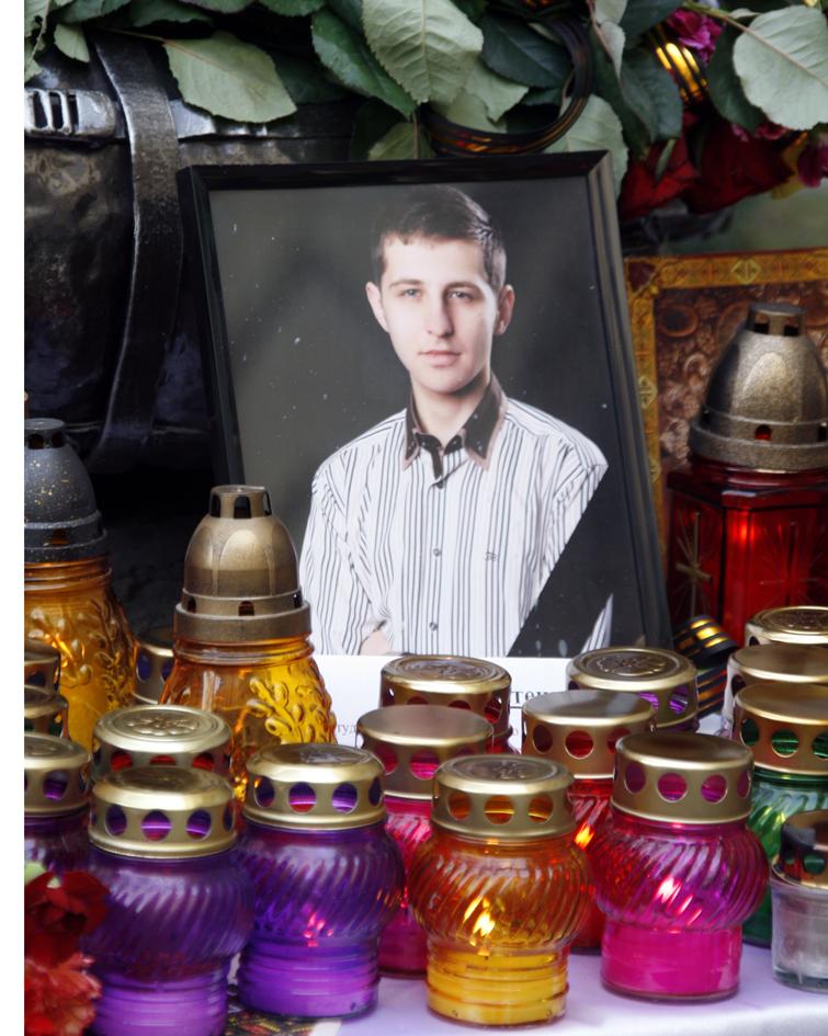 Львів у жалобі: слава Героям і вічная їм пам'ять!