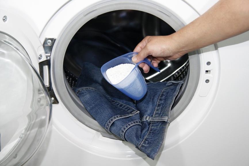Сьогодні наше повсякденне життя важко уявити без щоденного використання  різноманітних мийних засобів. Порошки для прання зараховують до найбільшої  їх групи. 3ea995eed5101